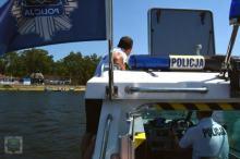 Policyjni wodniacy już na służbie na Jeziorze Dużym w Turawie
