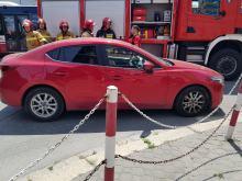 Zderzenie pojazdów na skrzyżowaniu w Opolu. Poszkodowana kobieta z dwójką dzieci