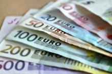 Przewozisz pieniądze przez granicę? Zmieniły się przepisy