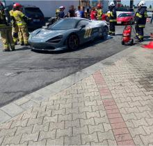 Pożar luksusowego samochodu na MOP Góra św. Anny