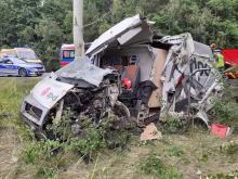 Wypadek na obwodnicy Osowca. Kierowca zakleszczony w pojeździe