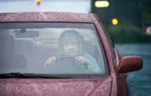 Jak zachować się podczas burzy: w domu, samochodzie i na otwartej przestrzeni?