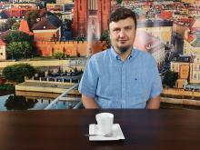 Dr Błażej Choroś - w polityce mamy sezon lekko ogórkowy