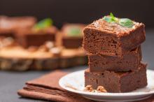 Jak zrobić fit słodycze: szarlotka, brownie, ciasto szpinakowe