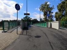 Niemal przez całe Opole przejedziemy ścieżką rowerową. Nie ma jednak stojaków na rowery