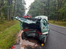 Wypadek drogowy z udziałem dwóch pojazdów w na trasie Lubsza-Rogalice