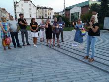 Spontaniczny protest na Placu Wolności w Opolu