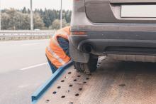 Wzrosną stawki w przypadku odholowania pojazdu - pojawiły się też stawki za hulajnogi