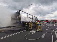 Pożar naczepy ciężarówki w gminie Dobrodzień