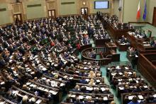 Tak się walczy o większość w Sejmie. Ważne stanowiska na stole