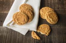 Kruche ciasteczka na deser: korzenne, migdałowe i maślane
