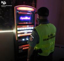 Zabezpieczono 12 automatów do gier i gotówkę na terenie Opolszczyzny