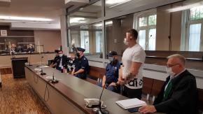 Ukradli sprzęt budowlany w Michałówku. Trafili przed sąd