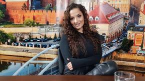Magdalena Meg Krzemień - zaczynałam od gitary i poezji śpiewanej