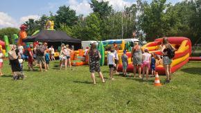 Trwa wakacyjny Piknik Rodzinny na Błoniach Politechniki Opolskiej