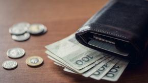 W kilka dni na rachunki bankowe opolskich rodziców i opiekunów trafiło 2,6 mln złotych