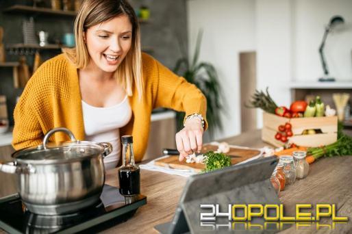 Jak zmienić zwykły przepis w przepis wegański? Przydatne wskazówki
