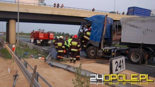 Ciężarówka zablokowała A4