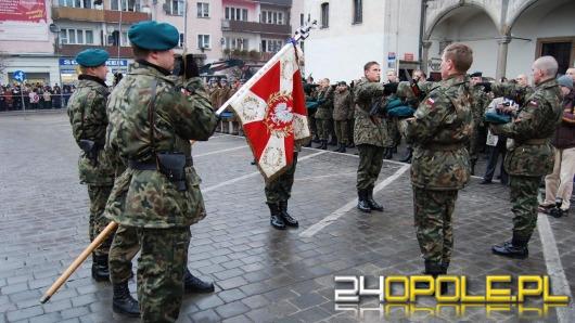 Przysięga wojskowa na  brzeskim Rynku