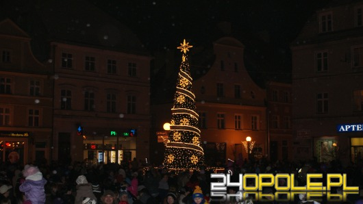 Świąteczna iluminacja w Brzegu
