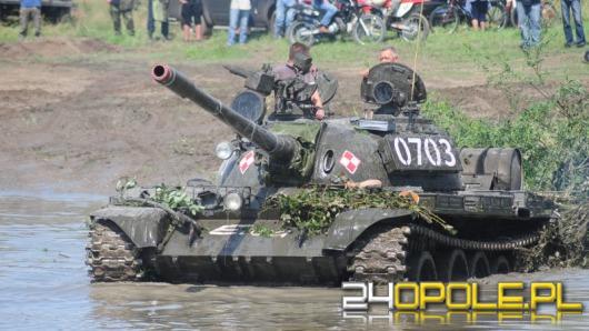 Militarne cacka na poligonie w Winowie