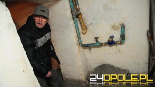 Bez wody i kanalizacji. Tak się mieszka w centrum Opola.