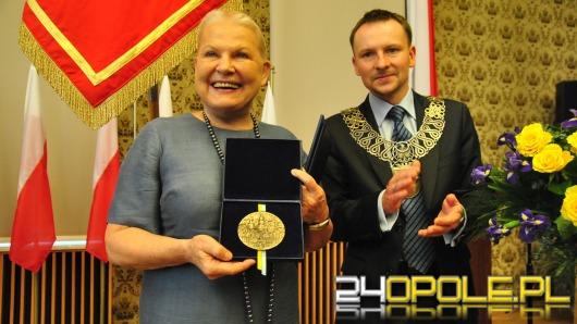 Elżbieta Dzikowska Honorowym Obywatelem Opola