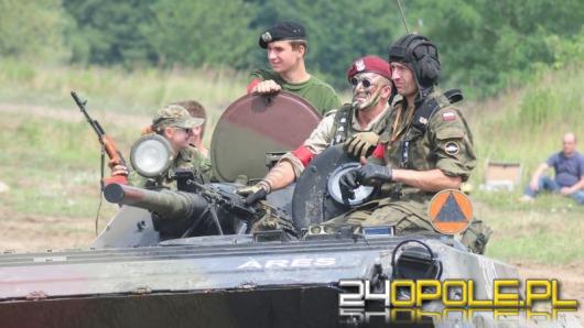 Na poligonie pod Opolem trwają wojskowe manewry