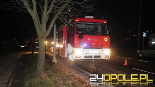 Wóz strażacki jechał do akcji, na skrzyżowaniu doszło do zderzenia
