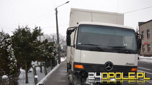 Wypadek pod remizą OSP w Łosiowie