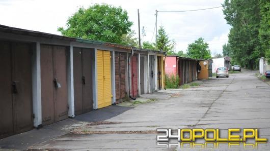 Miasto chce wyburzyć garaże przy kamionce Piast