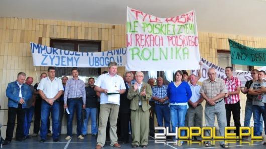 Rolnicy protestowali pod Urzędem Wojewódzkim