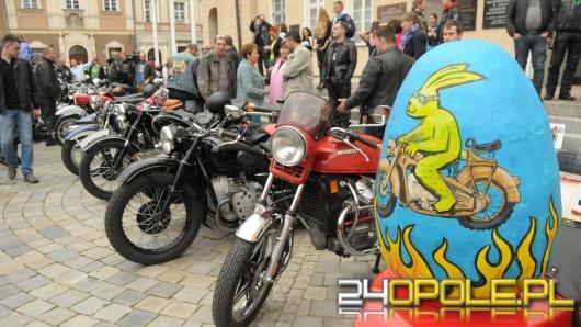 Wielkanocne spotkanie motocyklistów na opolskim rynku
