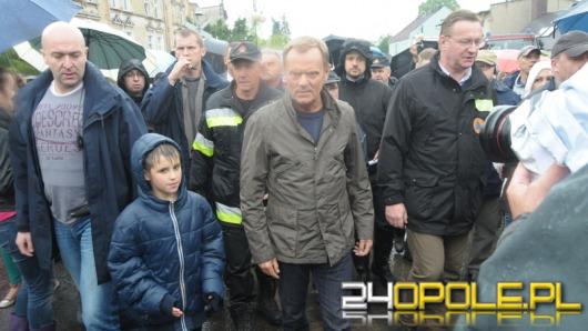 Donald Tusk w zalanych Głuchołazach: Nadzwyczajna solidarność sąsiedzka