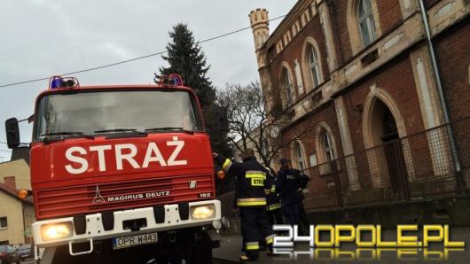 Wybuch gazu w Głogówku. Poparzony mieszkaniec trafił do szpitala