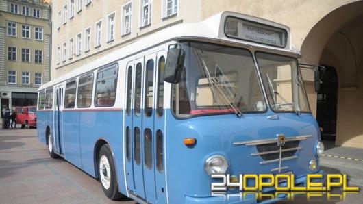 Opolska firma wyremontowała zabytkowy niemiecki autobus