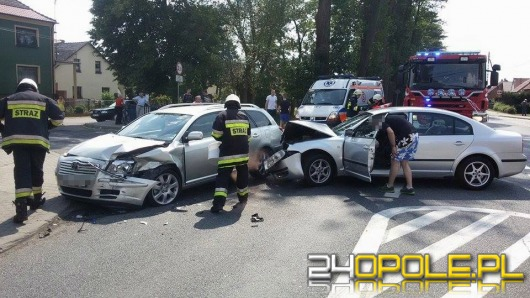 Dwie osoby ranne po wypadku w Grodźcu
