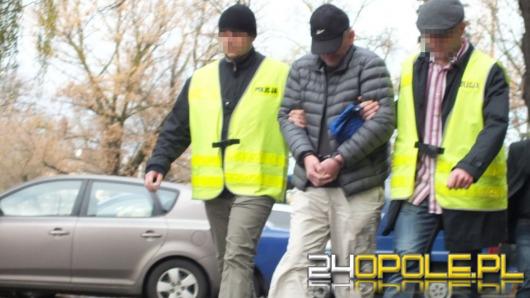 9 osób z zarzutami korupcyjnymi. Wśród nich celnicy.