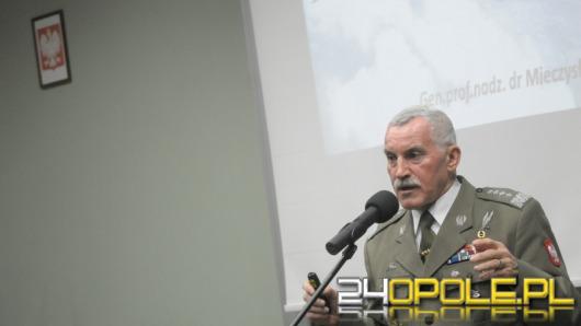 Gen. Bieniek o zagrożeniach dla światowego bezpieczeństwa