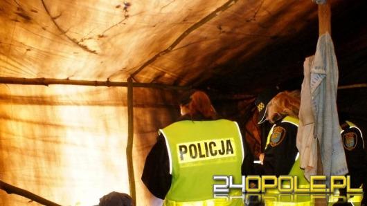 Policjanci uratowali od zamarznięcia bezdomnego mężczyznę