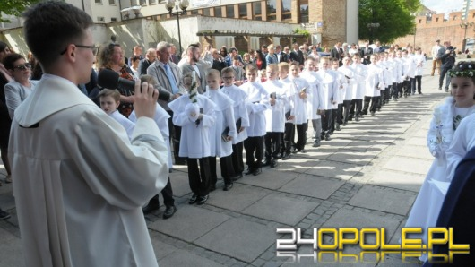 W diecezji opolskiej trwają pierwsze komunie