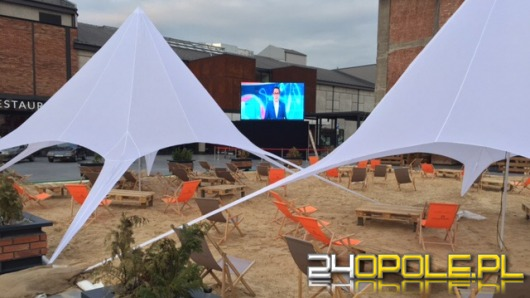 Oglądaj festiwal na leżaku, w Strefie Plaża!
