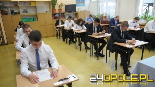 Świetne wyniki matur na Opolszczyźnie! Abiturienci z Opola lepsi niż maturzyści z Wrocławia.
