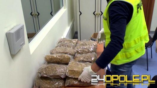 Polak i Czech zatrzymani za wytwarzanie narkotyków i posiadanie broni