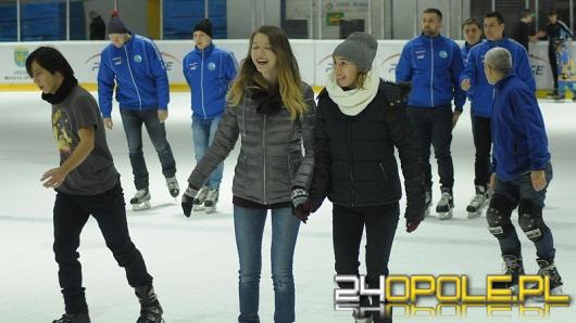 Andrzejkowa ślizgawka z hokeistami Orlika