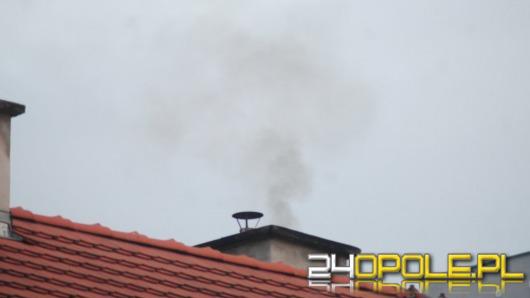 Smog na Opolszczyźnie. Normy pyłu zawieszonego przekroczone kilkukrotnie.