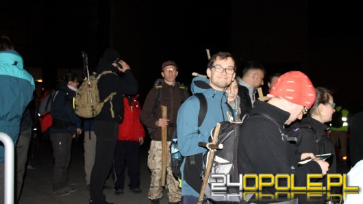 Setki mieszkańców Opolszczyzny wyruszyły w Ekstremalną Drogę Krzyżową
