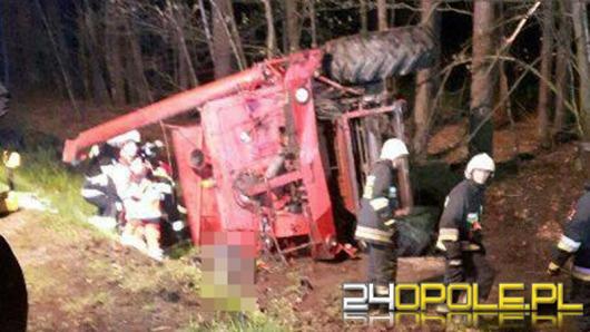 Kierowca kombajnu zginął w nocnym wypadku pod Jełową