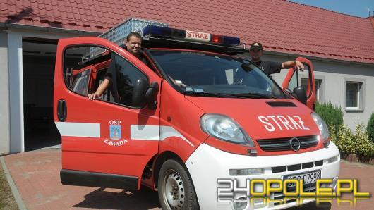 Zaradni druhowie z Zawady przerobili radiowóz na wóz strażacki