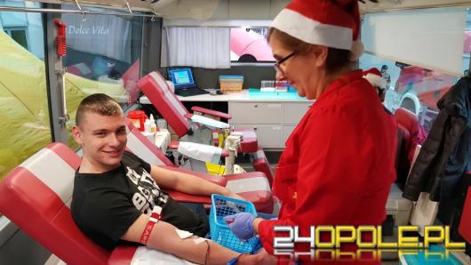 Na Placu Wolności można było dziś podarować krew potrzebującym